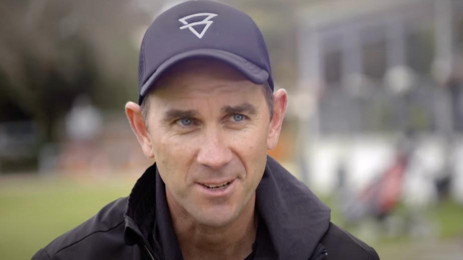 Hurt Langer keen to continue as Australia cricket coach despite criticism