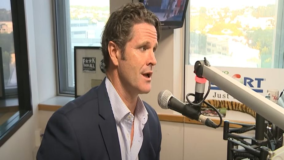 Chris Cairns on life support in Australia: Report