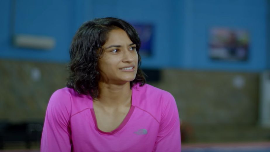 WFI suspends Vinesh Phogat for indiscipline, notice issued to Sonam for misconduct