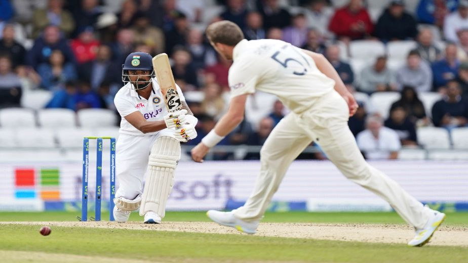 India reach 34/1 at lunch on Day 3, trail by 320 runs