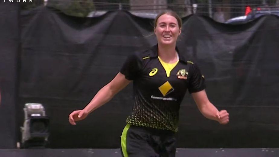 Australia fast bowler Vlaeminck ruled out of India ODIs, Test