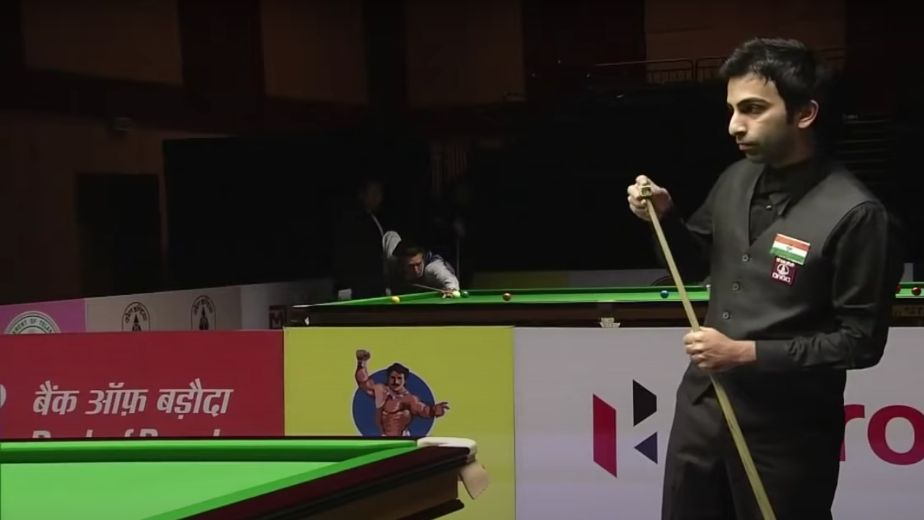 In his first tournament in two years, Advani manages to defend Asian title