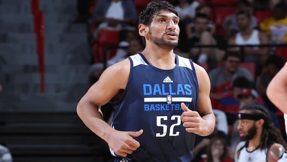 Trailblazer basketball player Satnam to try hand at pro-wrestling