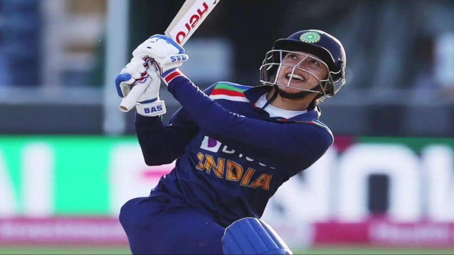 Women's ODI: Mandhana's 86 steers India to 274/7 against Australia