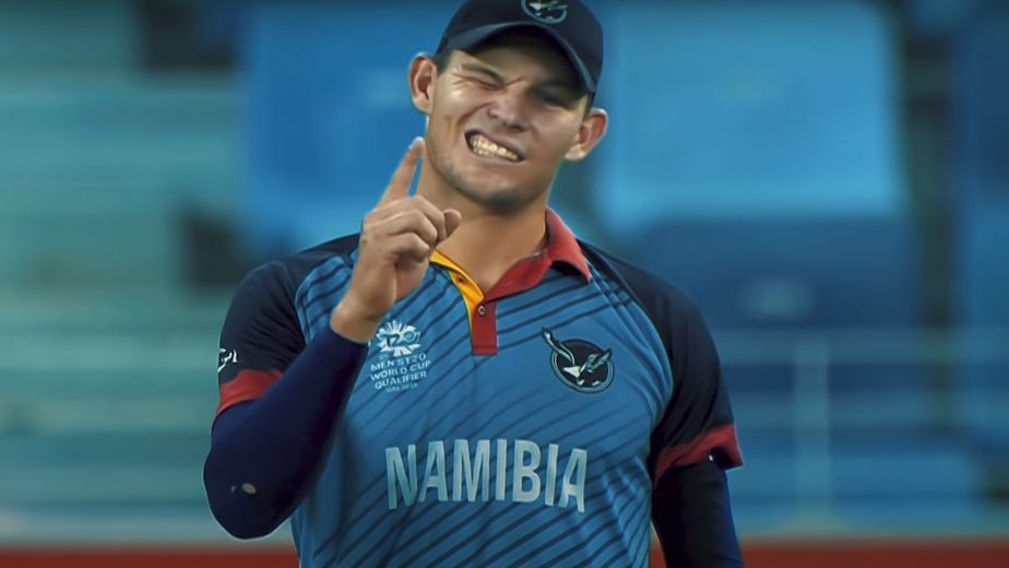 Erasmus says he has learnt from watching 'Captain Cool' Dhoni and McCullum