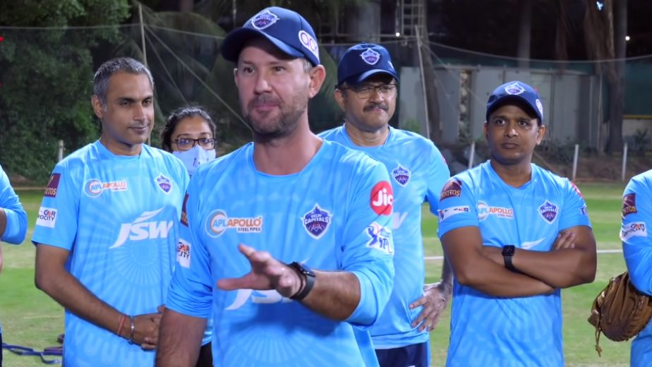 Dhoni is one of the great finishers of the game, says DC coach Ponting