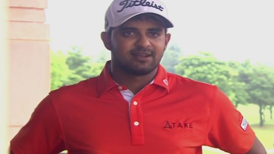 Khalin Joshi takes lead at Jaipur Open with round of 61
