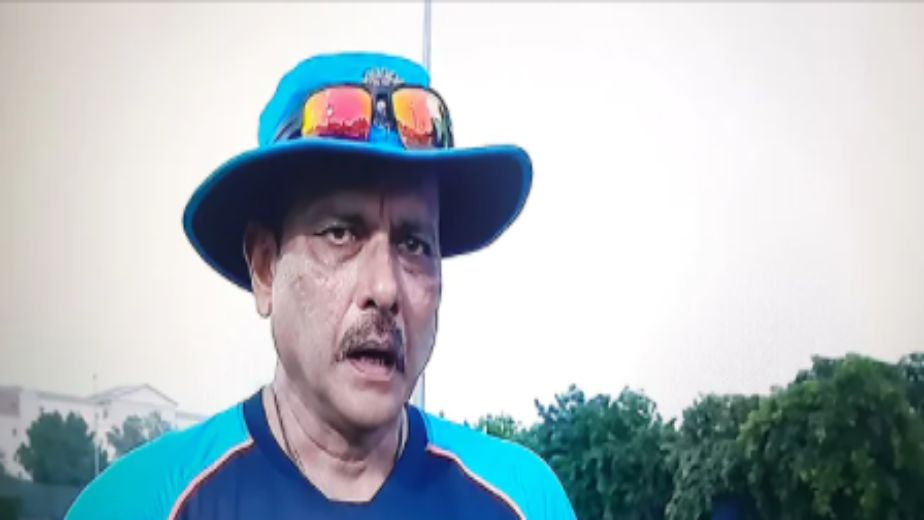 Dew factor will decide whether we play extra seamer or spinner: Ravi Shastri