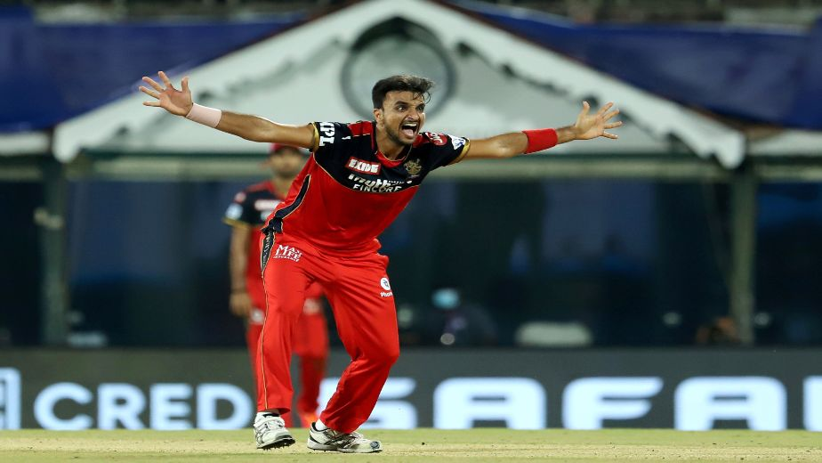 IPL 2021 - Uncapped Harshal Patel stars as RCB beat MI by 2 wickets in a thrilling season opener