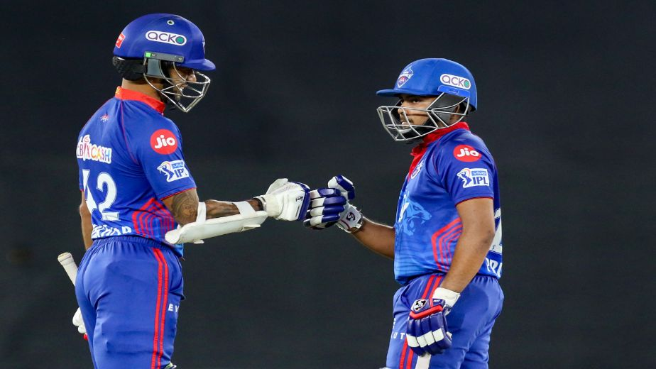 IPL Match 25: Prithvi 'Show' powers DC to an impressive 7 wicket Victory over KKR