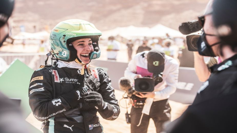 I want to inspire girls around the world to get involved with motorsport - Molly Taylor, Rosberg X Racing
