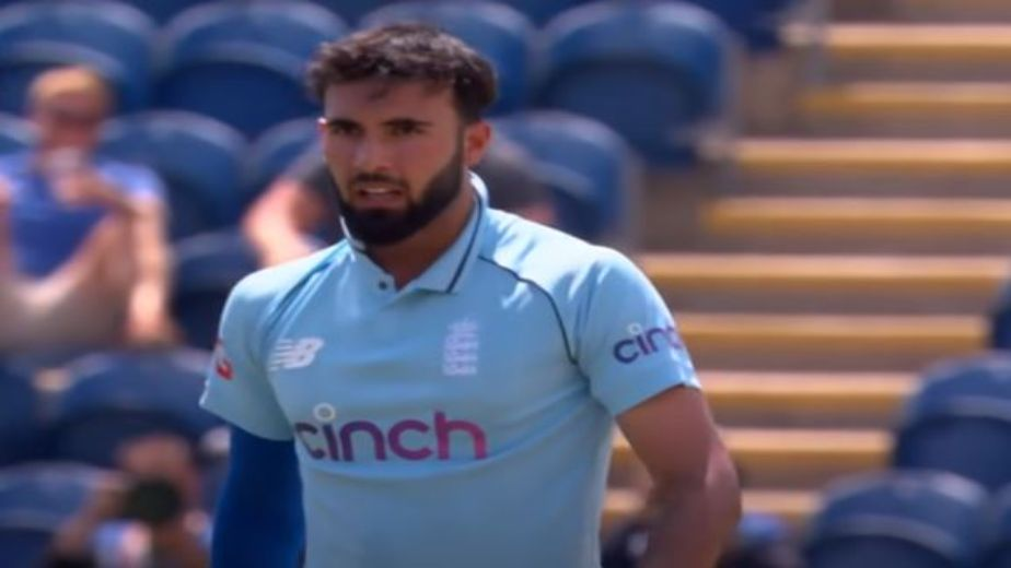 England cricketer Saqib Mahmood is a bowler to watch out for!