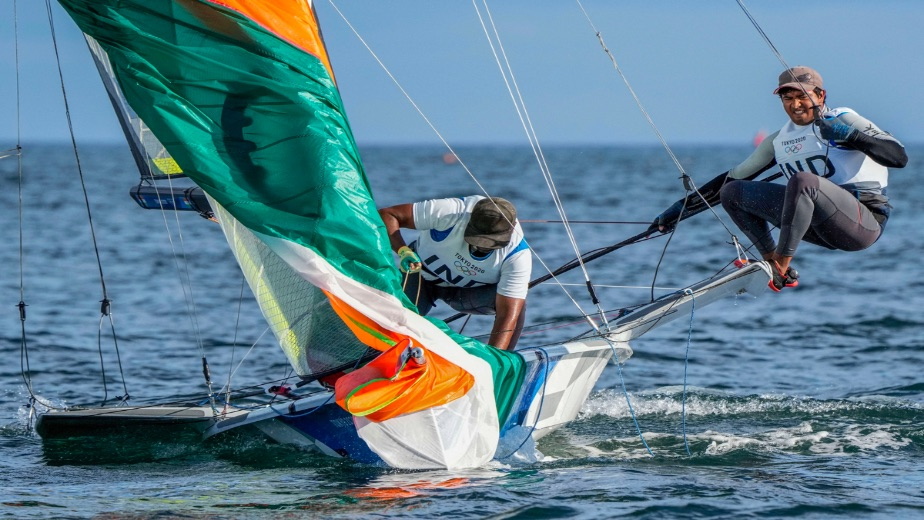 Varun Thakkar and Ganapathy Chengappa in trouble after 4 races in Tokyo