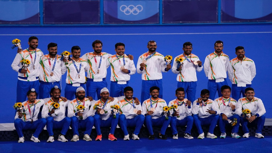 Indian men's hockey team finishes with a heroic victory, wins medal after  four decade drought