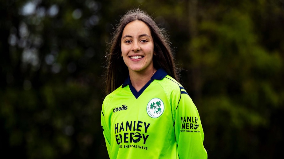 15 year old Amy Hunter called up as replacement for T20 World Cup European Qualifier