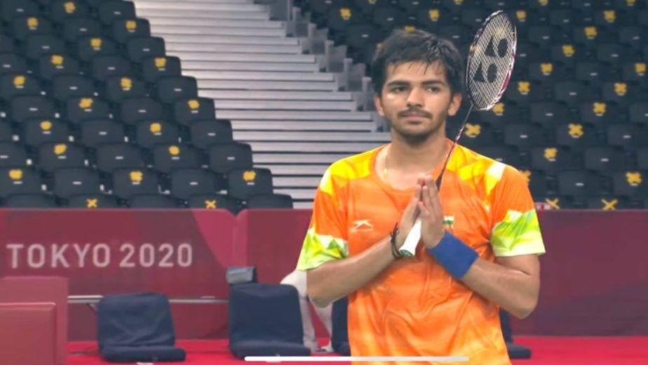 India's Tarun Dhillon defeats Thailand's Teamarrom Siripong at the Tokyo Paralympics