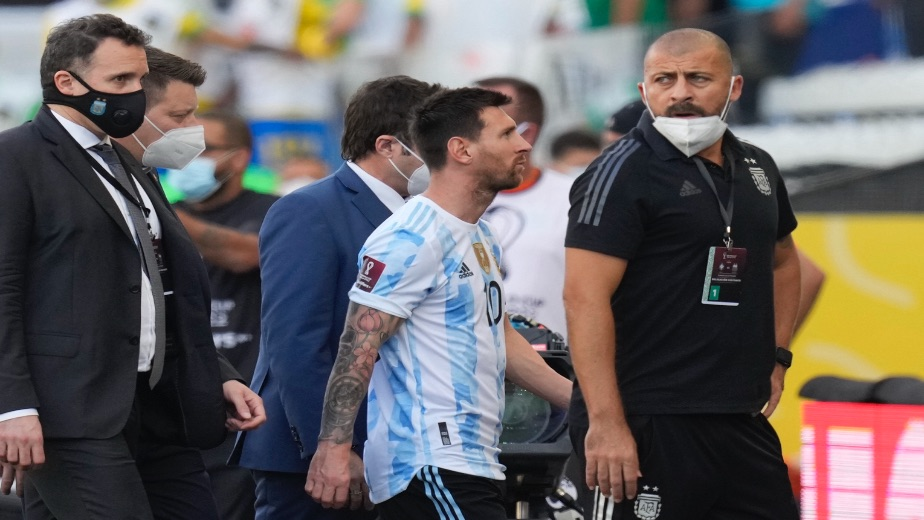 Brazil vs Argentina abandoned after health officials invade the pitch due to COVID-19 regulations