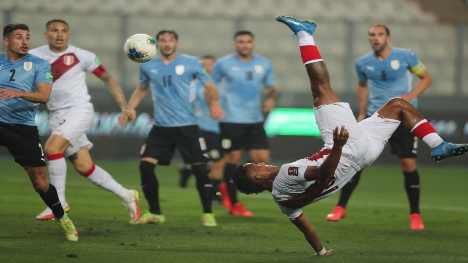 Uruguay close the gap on third as Chile and Columbia put themselves in a tough position to qualify