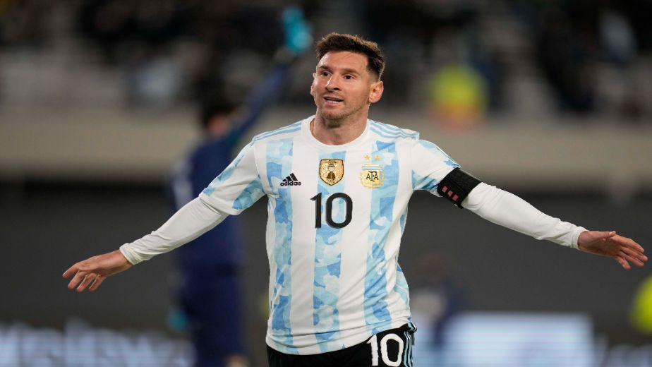 Lionel Messi overtakes Pele to become leading South American goal scorer