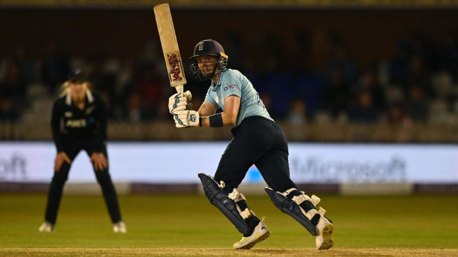 Heather Knight's century guides England women to series win against New Zealand