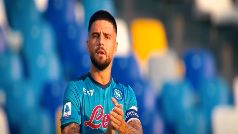 Serie A: Napoli maintained their 100% record as both Milan clubs won to make it threeway battle at the top