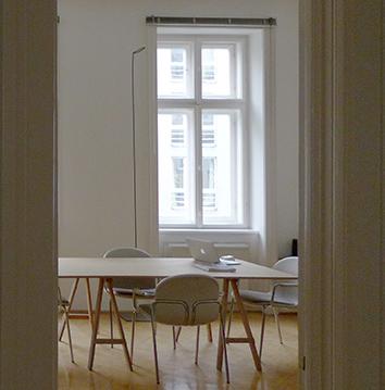 Schöne Altbau Atelier/Arbeitsplätze in 1070 Wien - Beautiful shared Studio Space