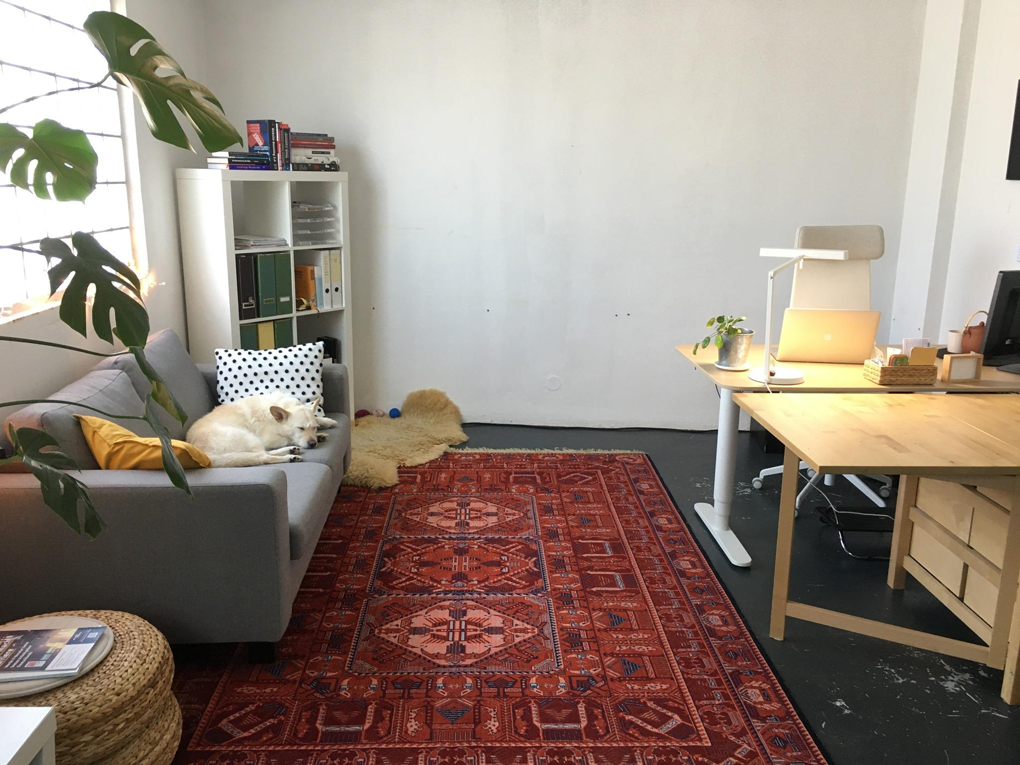 BüropartnerIn für sehr helles 20m2 Büro im Coworking Space gesucht!