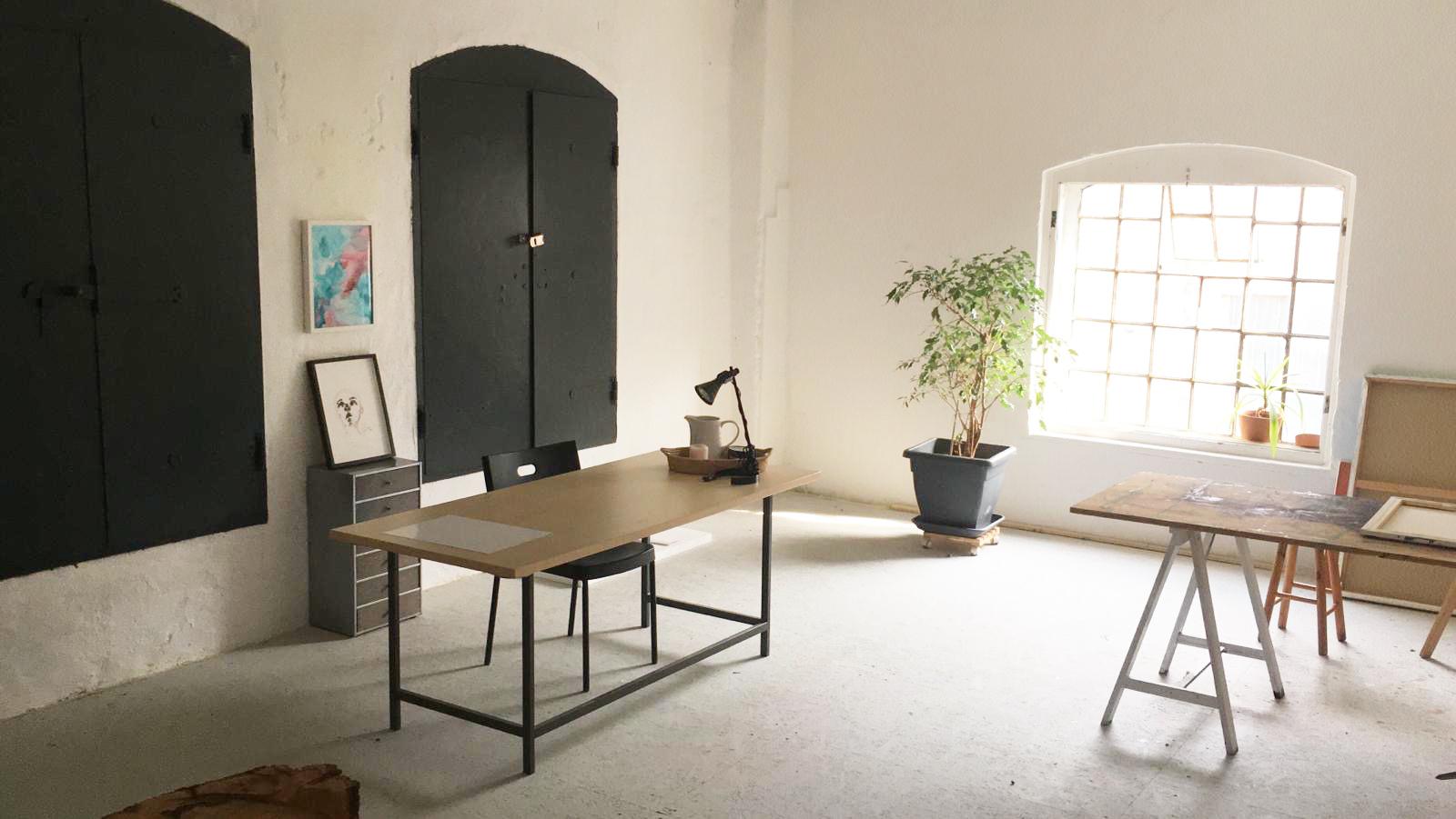 31 m2 Raum + Allgemeinfläche in einem Gemeinschaftsatelier zu vermieten