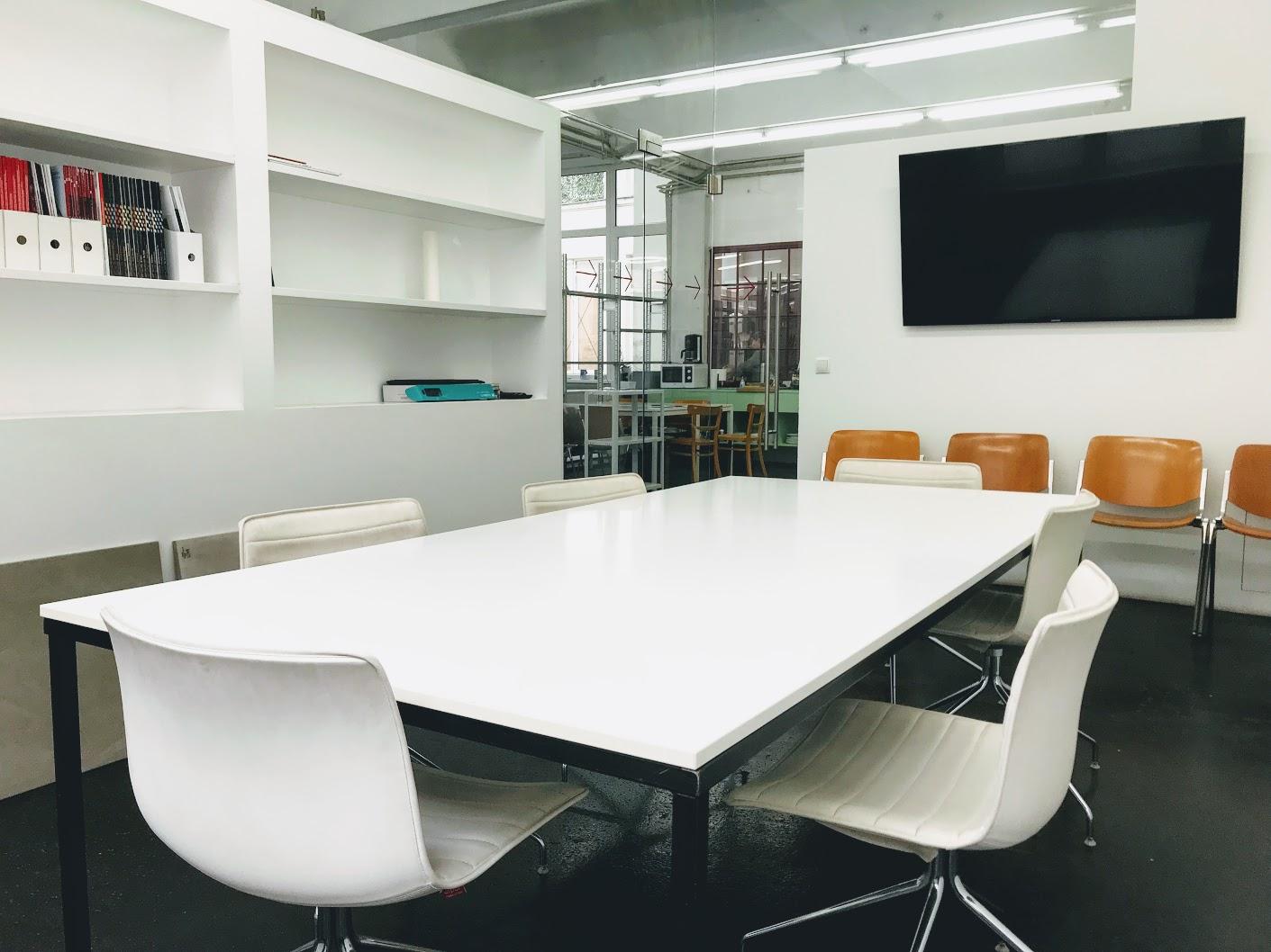 Arbeitsplatz in Ateliergemeinschaft zu vermieten