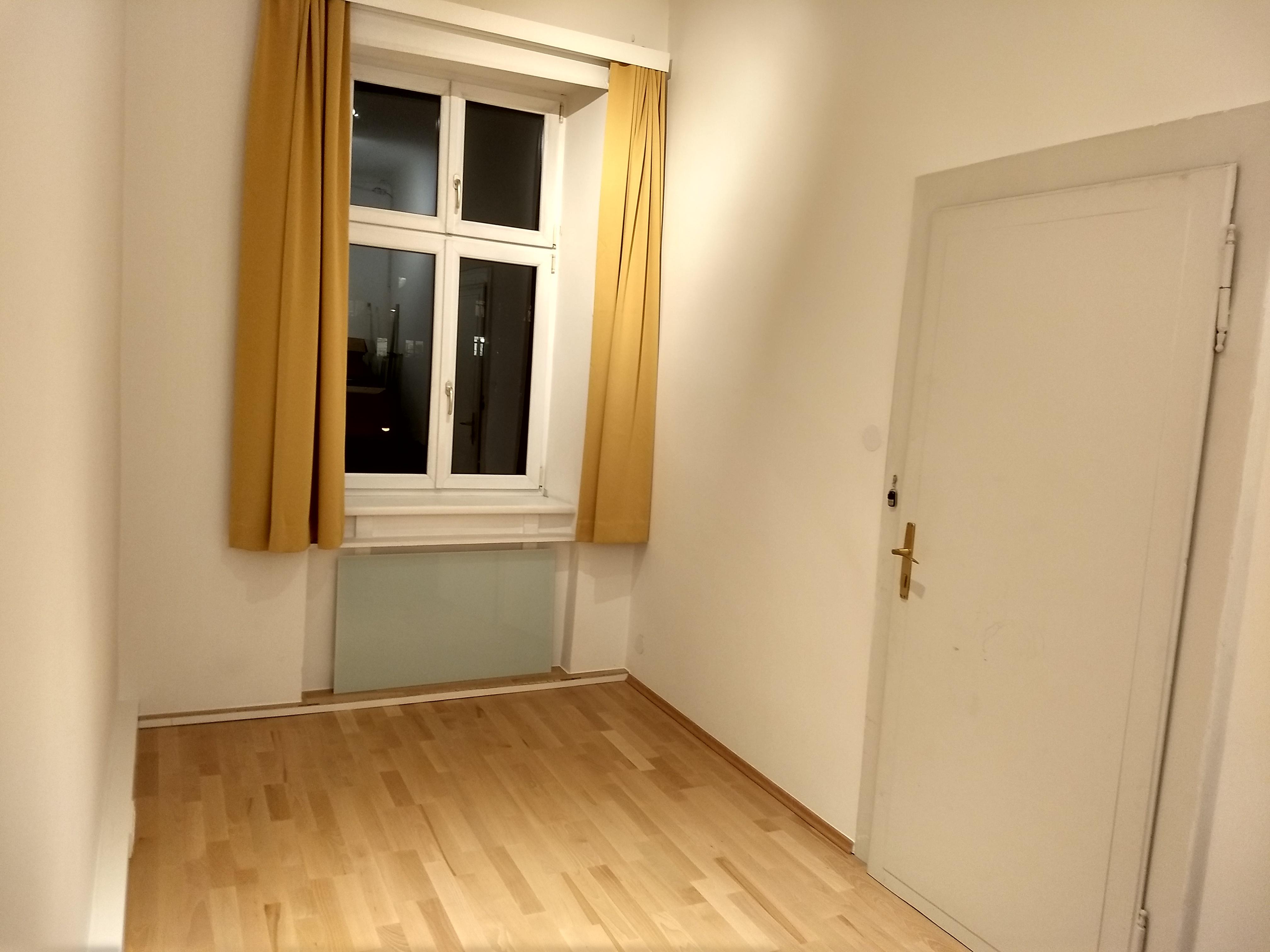 Büroraum 12m2 Pilgramgasse passend für Kleinunternehmer für 2 Personen