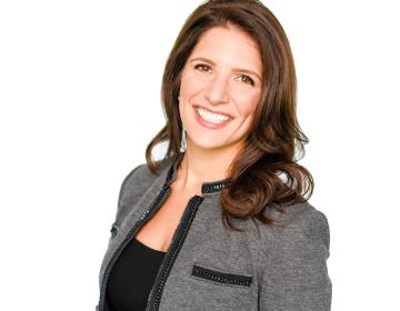 Jennifer Salim Richards selected as Dallas Women Lawyer's Association 2017 Rising Raggio Recipient