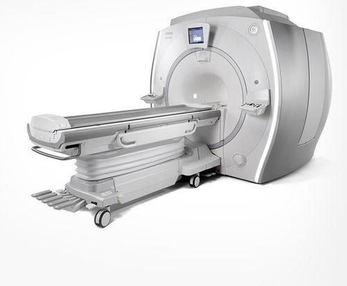 MRI SYSTEM / PET SCANNER / FOR PET / FOR FULL-BODY TOMOGRAPHY SIGNA™ PET/MR + QUANTWORKS