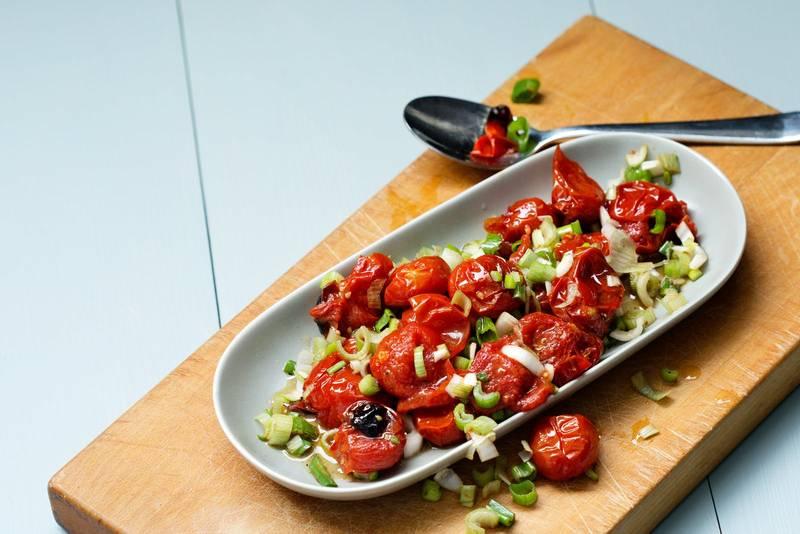 Roasted tomato salad