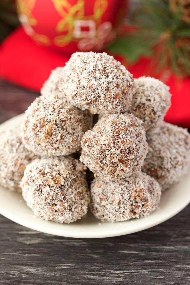 No-Bake Chocolate Coconut Snowballs (Vegan and Gluten-Free)