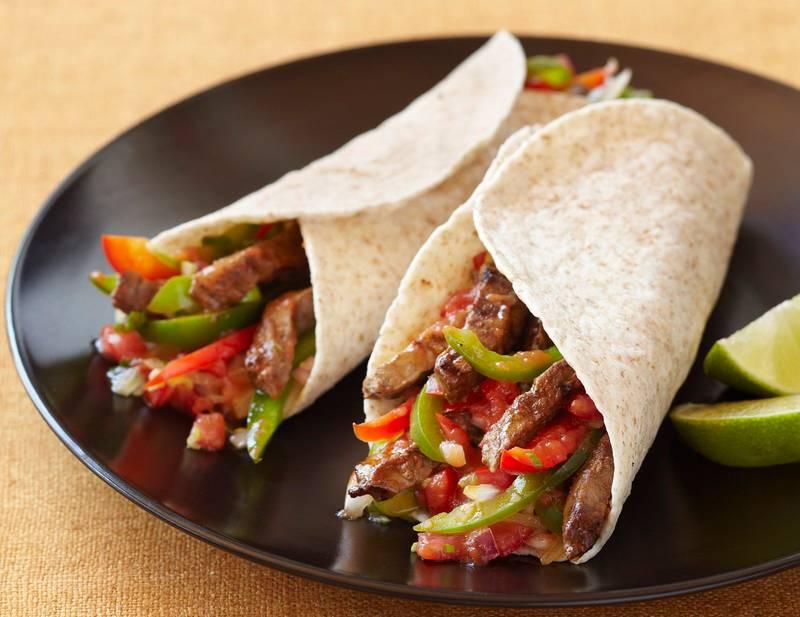 Healthy Low-Carb Chicken or Beef Fajitas Recipe