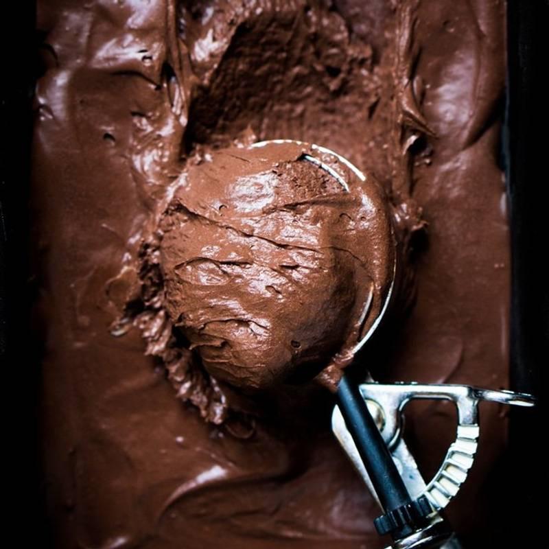 No Churn Paleo & Keto Chocolate Ice Cream