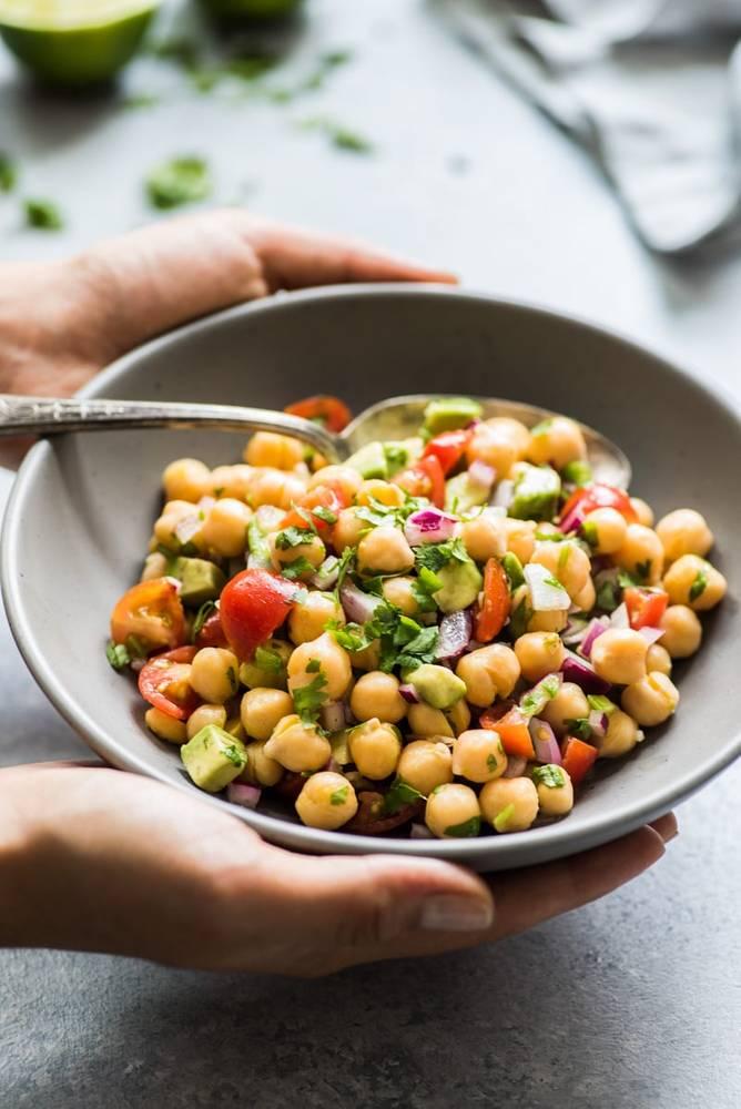 Healthy Mexican Chickpea Salad