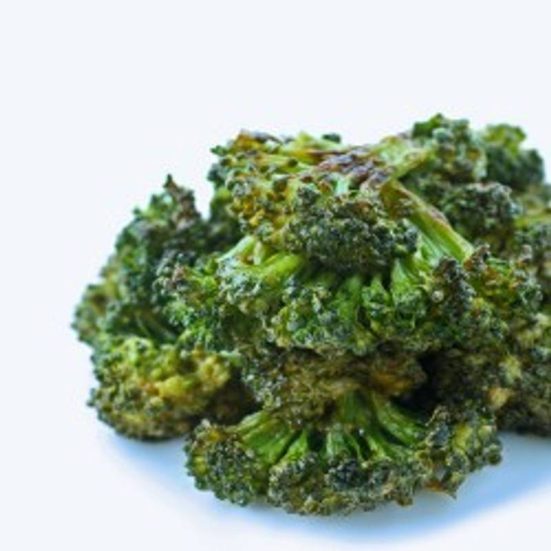 Spicy Sriracha Roasted Broccoli - Low Carb and Gluten Free