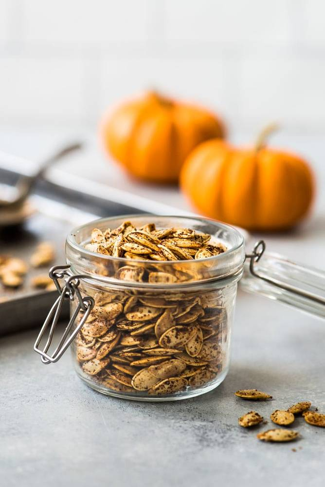 How to Roast Pumpkin Seeds - the Easy Way!