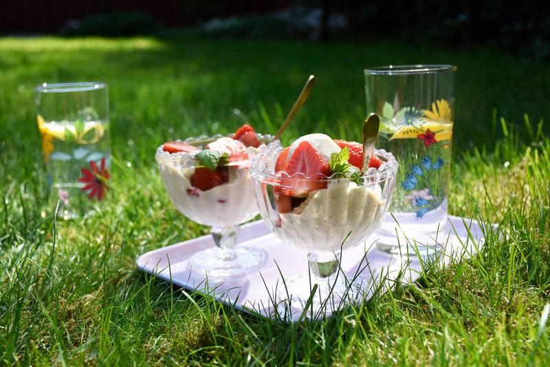Keto sugar-free vanilla ice cream