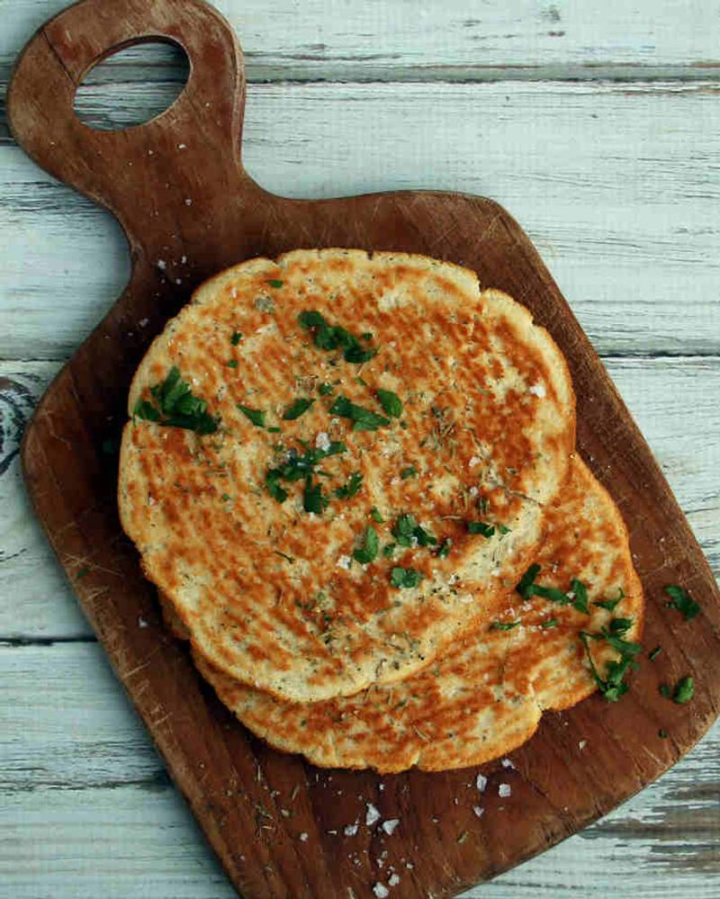 Keto Flatbread Recipe with Nutritional Yeast