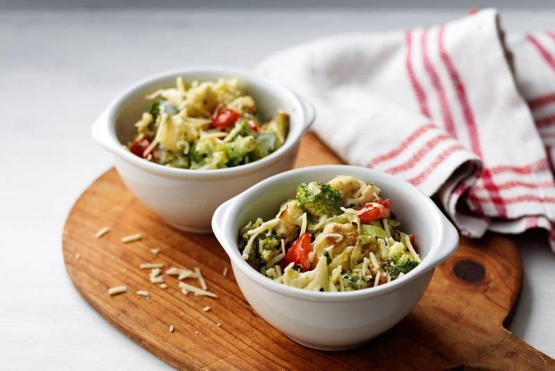 Broccoli and cauliflower in cheese