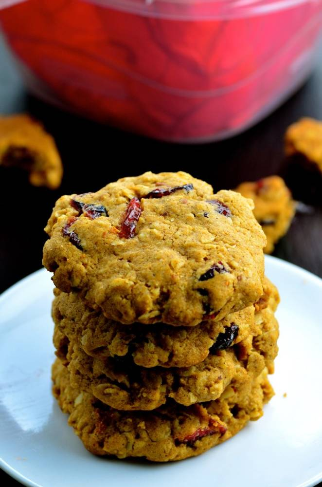 Vegan Cranberry Pecan Cookies