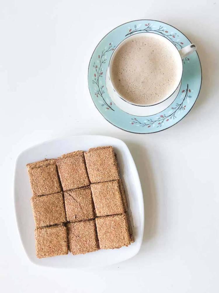 Keto Italian Flaxseed Crackers Recipe