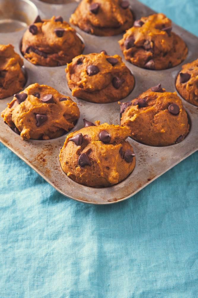 Peanut Butter Chocolate Chip Pumpkin Muffins (Vegan)