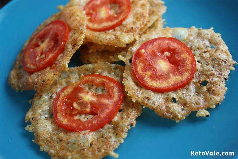 Keto Parmesan Crisps with Tomato Slices