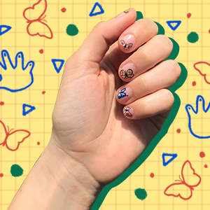 Supergreat editor wears ManiMe stick on gel nails