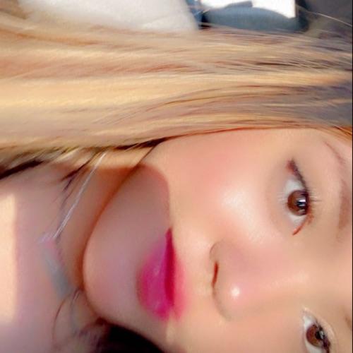 @lovemakeup123's profile photo