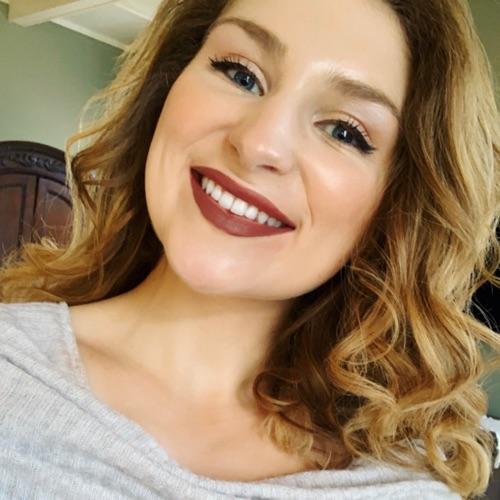 @CurlyHairAndSkincare's profile photo