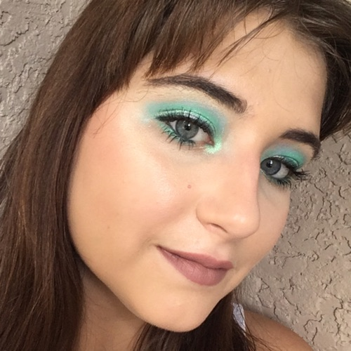 @Glamrie563's profile photo